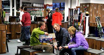 ski & board traventuria rental shop in bansko